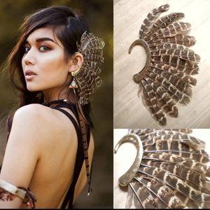 🆕🔥Ear Cuff Brown/Tan Striped Feather Dangle Boho